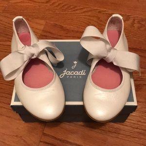 Jacadi kids shoes size 27.